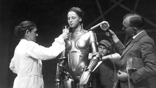 Dünyanın ilk bilimkurgu filmi kabul edilen, 1927 yapımı Metropolis filminin kamera arkası.