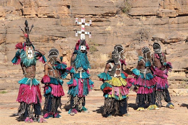 masques et danseurs dogons