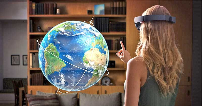 hololens-hologram-earth-and-girl