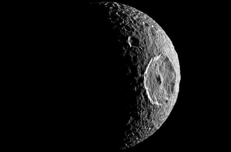 Mimas-Saturn