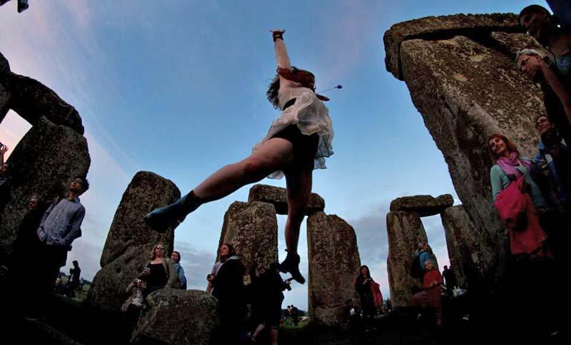 Stonehenge475478