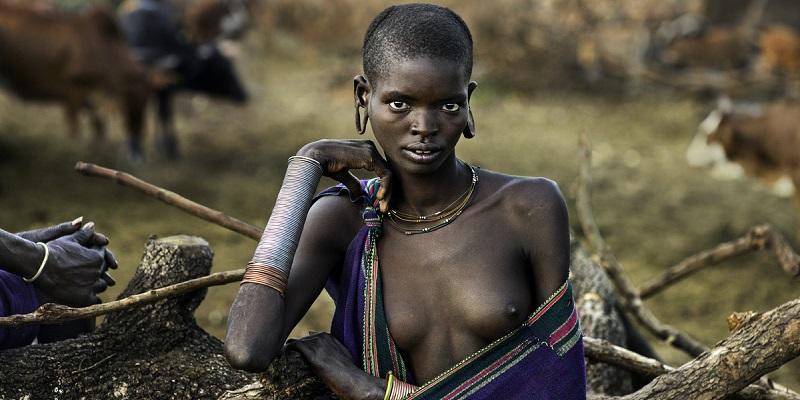 Afrika'nın en fakir ülkelerinden biri olan Etiyopya'da halkın büyük kısmı hala ilkel kabile hayatı sürüyor. Buna rağmen, ülkenin böyle bir proje ile ortaya çıkması ve bilimsel atılımlara önem vermesi, çevre ülkelere olduğu kadar bize de örnek olmalı.