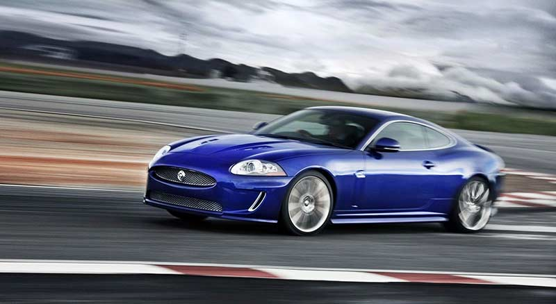 jaguar-xkr-speed-pack-and-black-pack-2010-2