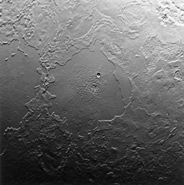 Triton'un yüzeyinden bir görüntü