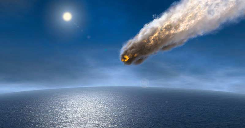 Asteroid-before-the-impact-in-water