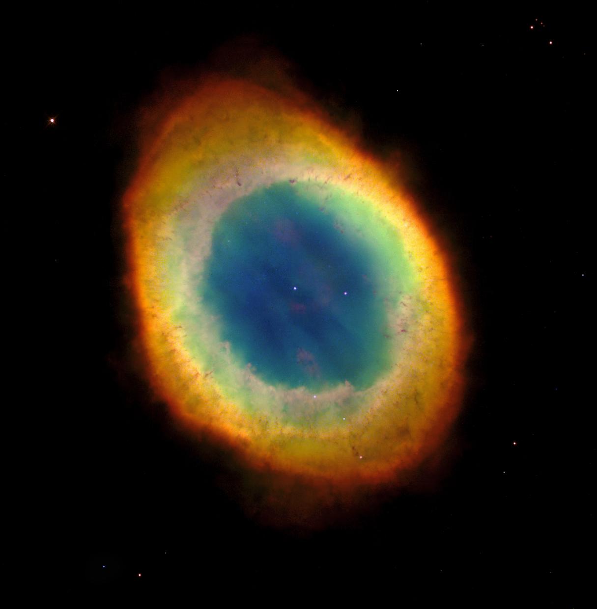 Bir gezegenimsi bulutsu olan Halka Bulutsusu (M57)